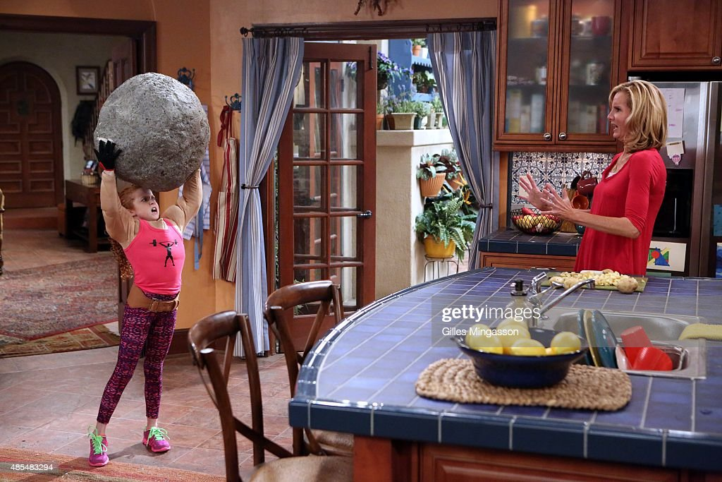 BLOG 'Avery Starts Driving' After running over a neighbor's lawn gnome Avery asks Tyler to help her prep for her driving test Meanwhile Chloe's...
