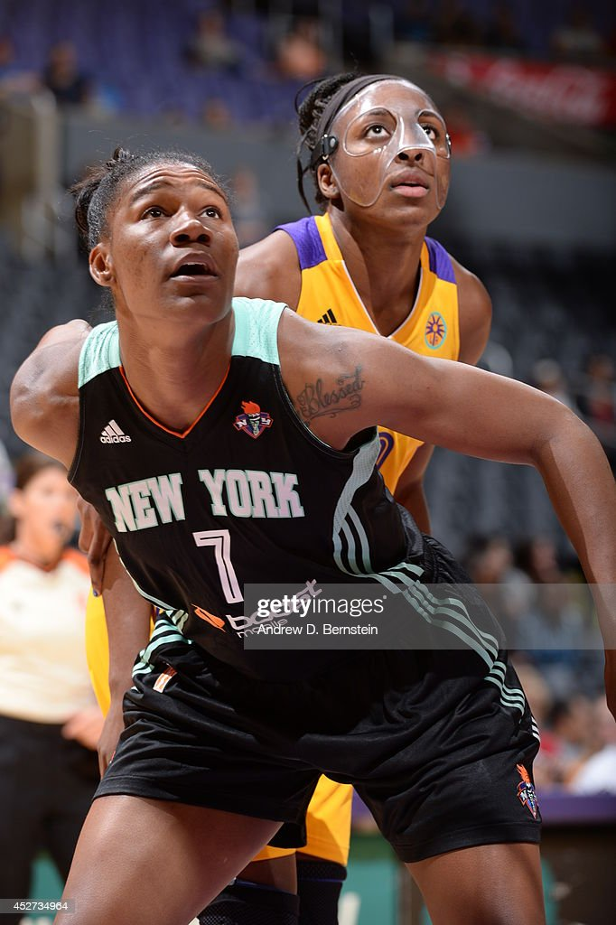 Avery Warley #7 of the New York Liberty boxes out against <a gi-track='captionPersonalityLinkClicked' href=/galleries/search?phrase=Nneka+Ogwumike&family=editorial&specificpeople=7950576 ng-click='$event.stopPropagation()'>Nneka Ogwumike</a> #30 of the Los Angeles Sparks at STAPLES Center on July 23, 2014 in Los Angeles, California.
