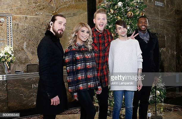 Avi Kaplan Scott Hoying Kristie Maldonado Mitch Garssi and Kevin Olusola of Pentatonix visit The Empire State Building on December 10 2015 in New...