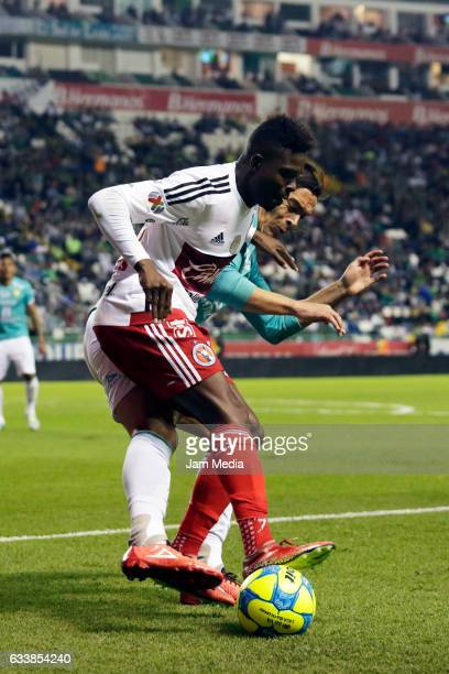 Aviles Hurtado of Tijuana controls the ball during the 5th round match between Leon and Tijuana as part of the Torneo Clausura 2017 Liga MX at Nou...