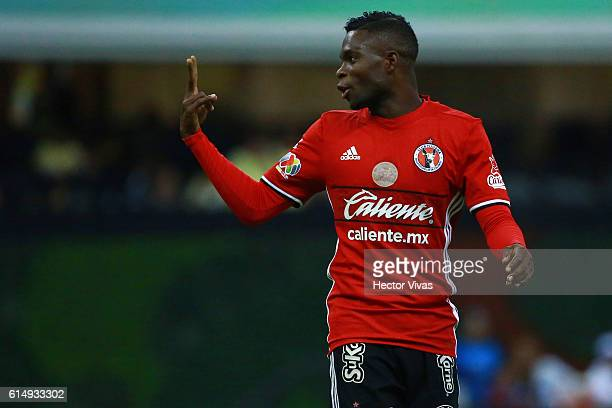 Aviles Hurtado of Tijuana gives instructions during the 13th round match between America and Tijuana as part of the Torneo Apertura 2016 Liga MX at...