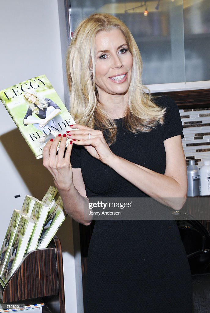 Aviva Drescher attends Aviva Drescher's 'Leggy Blonde' book launch celebration at Angelo David Salon on March 12, 2014 in New York City.