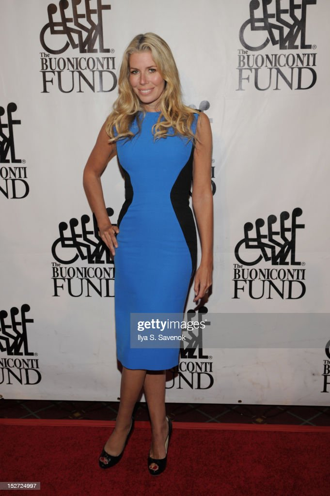 Aviva Drescher attends the 27th Annual Great Sports Legends Dinner to benefit the Buoniconti Fund to Cure Paralysis at The Waldorf=Astoria on September 24, 2012 in New York City.