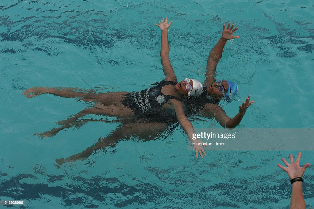 Avni Dave and Prachi Talajia practising at PM Hindu Bath for the forthcoming Asian Aquatic Championship on July 29, 2005 in Mumbai, India.