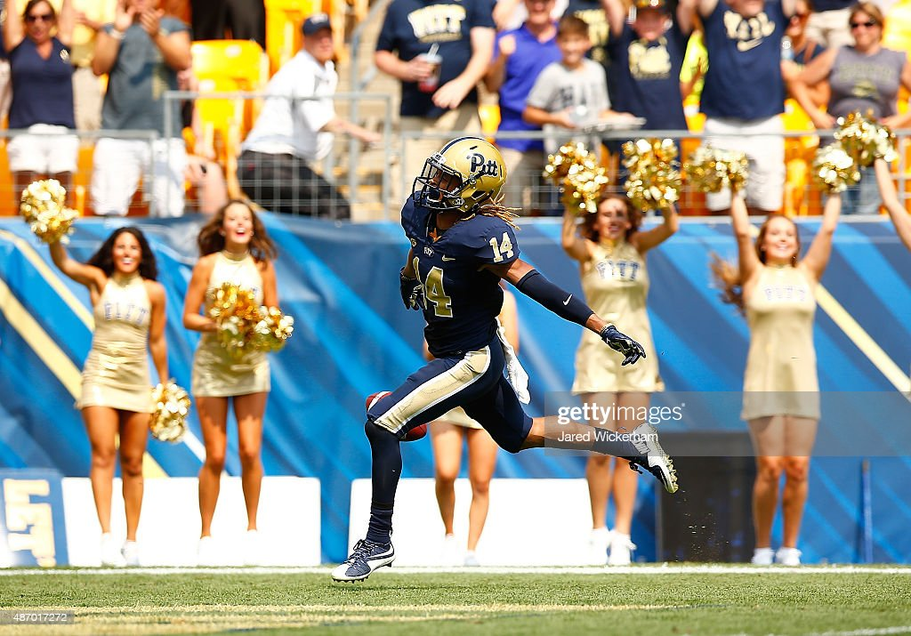 Avonte Maddox #14 of the Pittsburgh Panthers reacts after returning a kick for a touchdown at the end of the first half against the Youngstown State Penguins during the game at Heinz Field on September 5, 2015 in Pittsburgh, Pennsylvania.