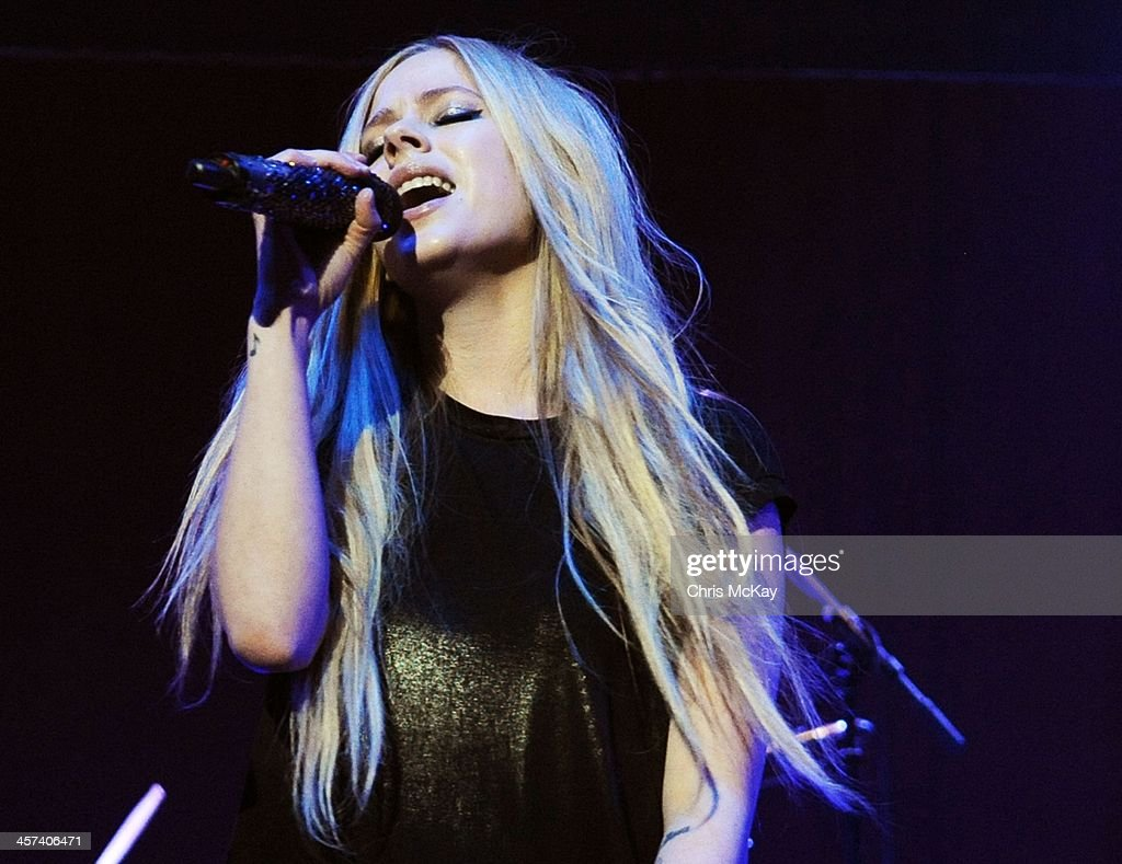 Avril Lavigne performs during the 2013 Star 94 Jingle Jam at Arena at Gwinnett Center on December 16, 2013 in Duluth, Georgia.