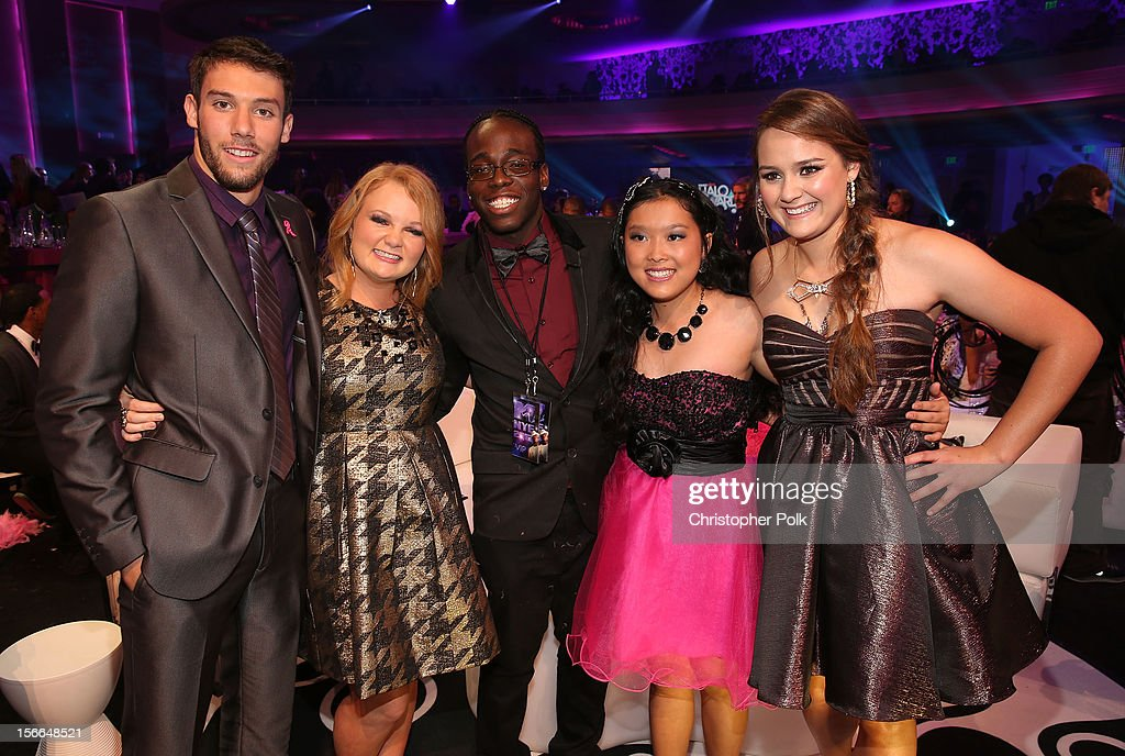 Award Honorees Matt Ferguson, Taylor Waters, Raymone George, Allyson Ahlstrom and Kylie Lan Tumiatti attend Nickelodeon's 2012 TeenNick HALO Awards at Hollywood Palladium on November 17, 2012 in Hollywood, California. The show premieres on Monday, November 19th, 8:00p.m. (ET) on Nick at Nite.