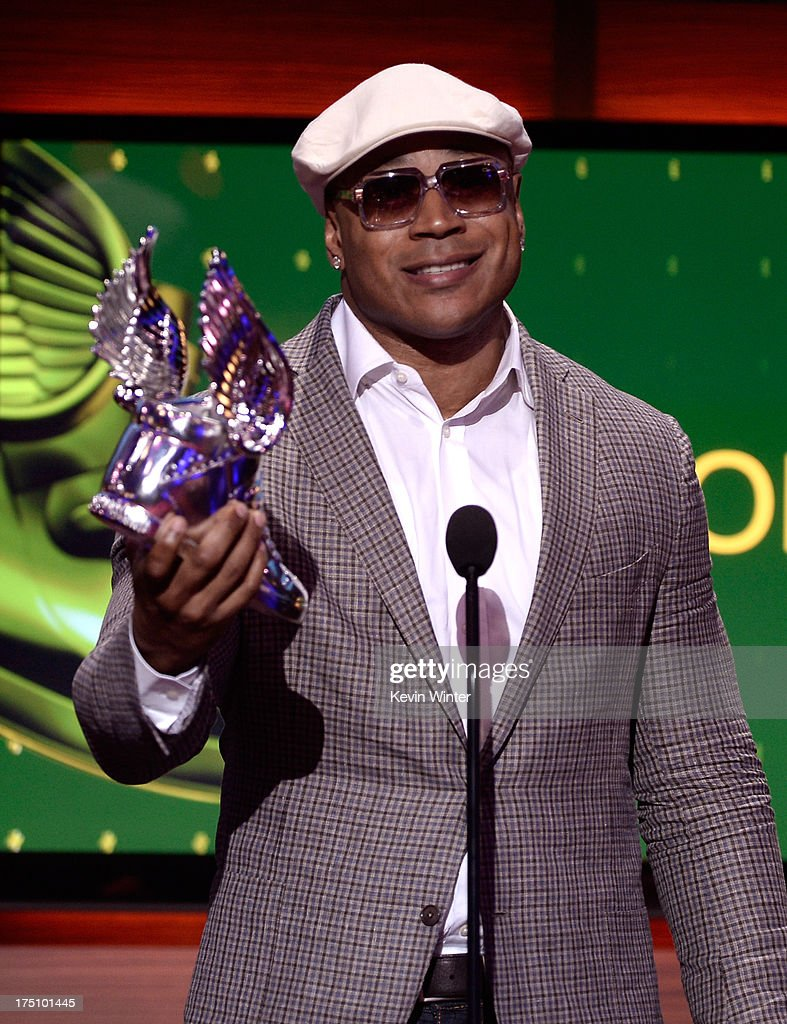 Award recipient <a gi-track='captionPersonalityLinkClicked' href=/galleries/search?phrase=LL+Cool+J&family=editorial&specificpeople=201567 ng-click='$event.stopPropagation()'>LL Cool J</a> speaks onstage at the DoSomething.org and VH1's 2013 Do Something Awards at Avalon on July 31, 2013 in Hollywood, California.