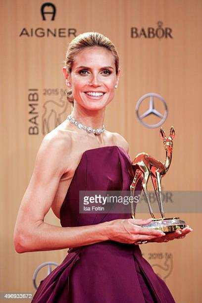 Award winner Heidi Klum attends the Kryolan At Bambi Awards 2015 Red Carpet Arrivals on November 12 2015 in Berlin Germany