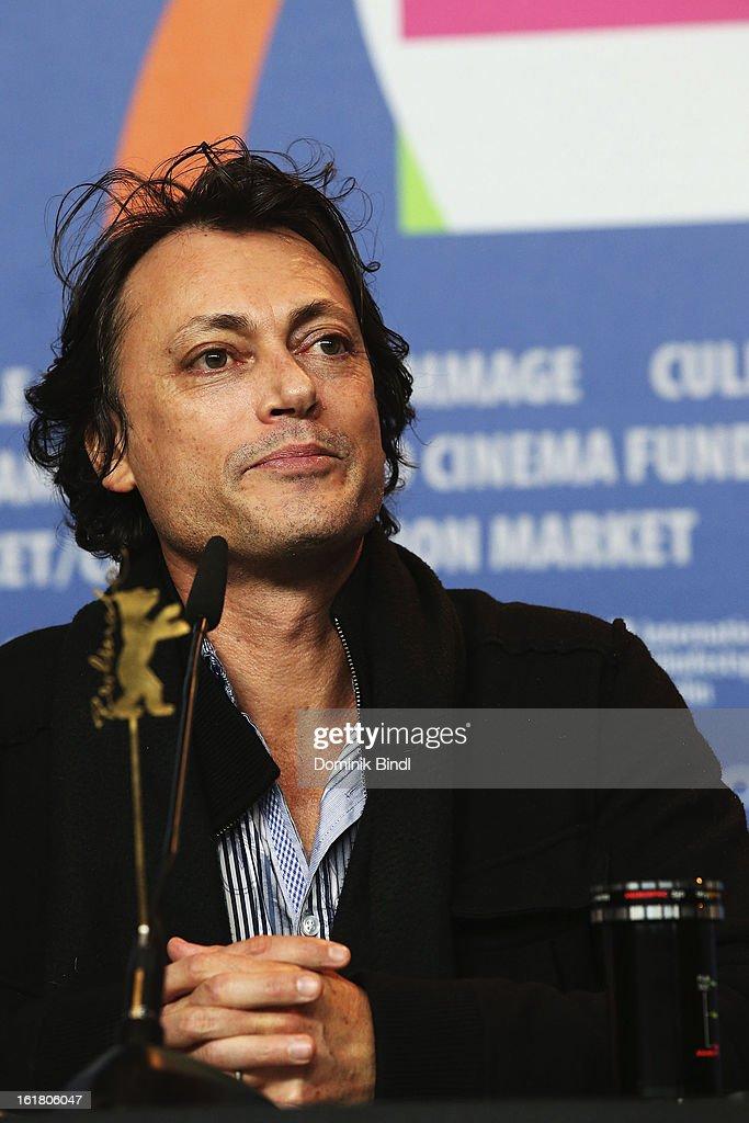 Award winner Kim Mordaunt (L) attends the Award Winners Press Conference during the 63rd Berlinale International Film Festival at Grand Hyatt Hotel on February 14, 2013 in Berlin, Germany.