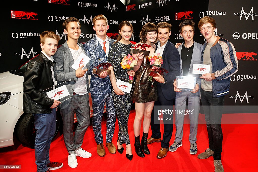 Award winner, the cast of 'Club der roten Baender', Nick Julius Schuck, Tim Oliver Schuch, Damian Hardung, Luise Befort, Ivo Kortlang and Timur Bartels with award winner <a gi-track='captionPersonalityLinkClicked' href=/galleries/search?phrase=Lea+van+Acken&family=editorial&specificpeople=12462619 ng-click='$event.stopPropagation()'>Lea van Acken</a> and award winner Lucas Schreiber during the New Faces Award Film 2016 at ewerk on May 26, 2016 in Berlin, Germany.