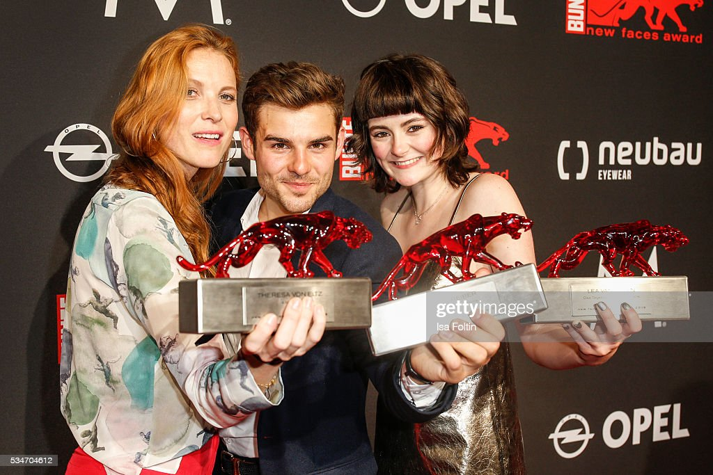 Award winner Theresa von Eltz, award winner Lucas Schreiber and award winner <a gi-track='captionPersonalityLinkClicked' href=/galleries/search?phrase=Lea+van+Acken&family=editorial&specificpeople=12462619 ng-click='$event.stopPropagation()'>Lea van Acken</a> during the New Faces Award Film 2016 at ewerk on May 26, 2016 in Berlin, Germany.