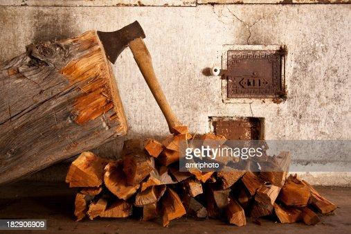 axe と薪