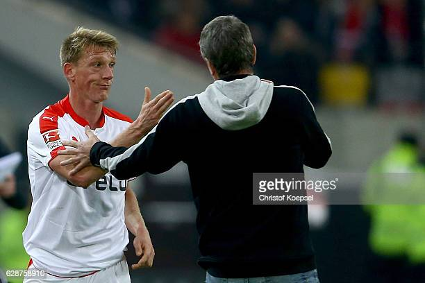 Axel Bellinghausen of Duesseldorf shows emotions to head coach Friedhelm Funkel of Duesseldorf after his substitution during the Second Bundesliga...