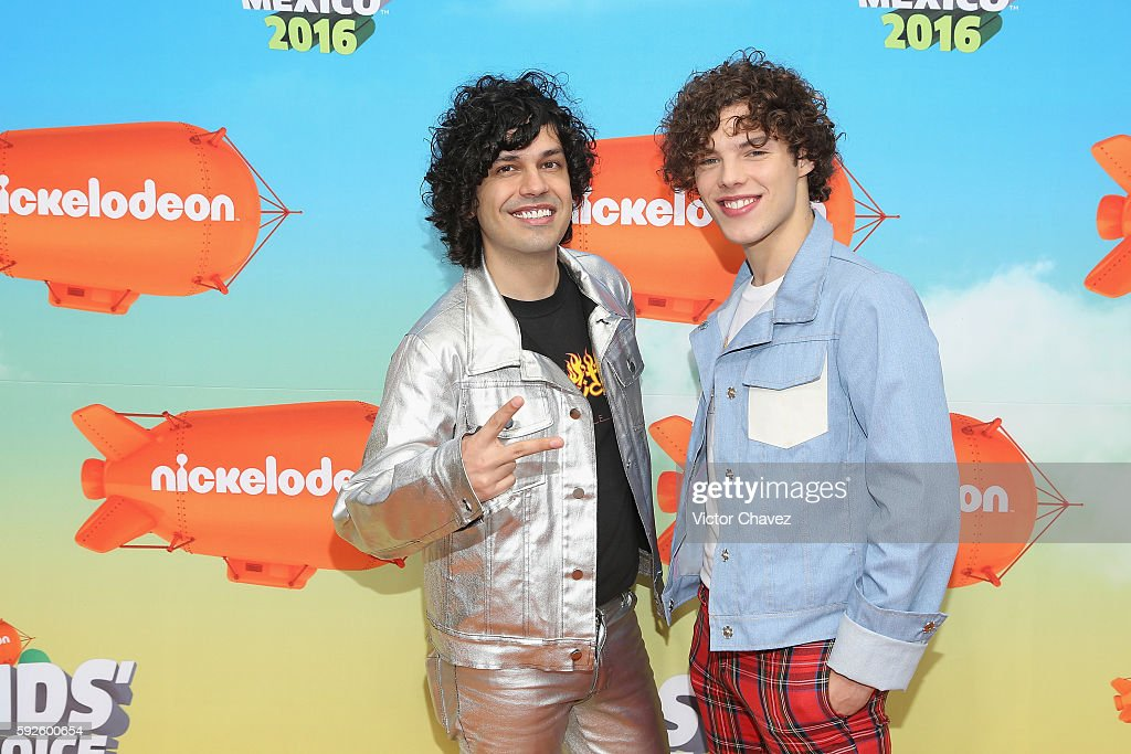 Axel Escalante and Lion Bagnis arrive at the Nickelodeon Kids' Choice Awards Mexico 2016 at Auditorio Nacional on August 20 2016 in Mexico City Mexico