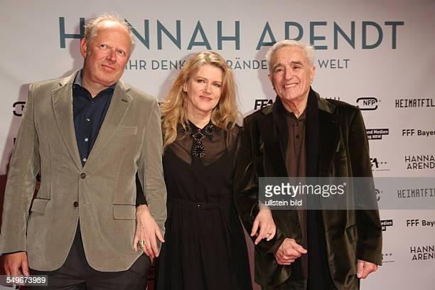 Axel Milberg Barbara Sukowa und Michael Degen bei der Filmpremiere von Hannah Arendt in der Lichtburg in Essen