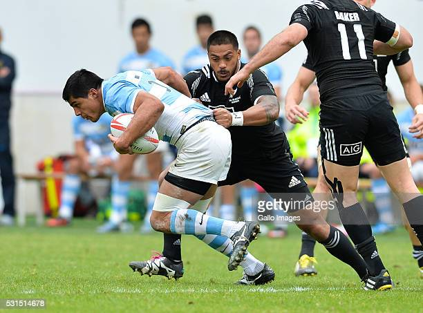 Axel Muller of Argentina during the cup quarter final match between New Zealand and Argentina on day 3 of the HSBC World Rugby Sevens France at Stade...