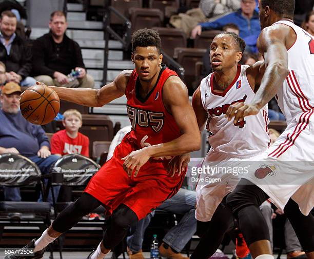 Axel Toupane of the Toronto Raptors 905 drives to the basket against the Sioux Falls Skyforce at the Sanford Pentagon on January 12 2016 in Sioux...