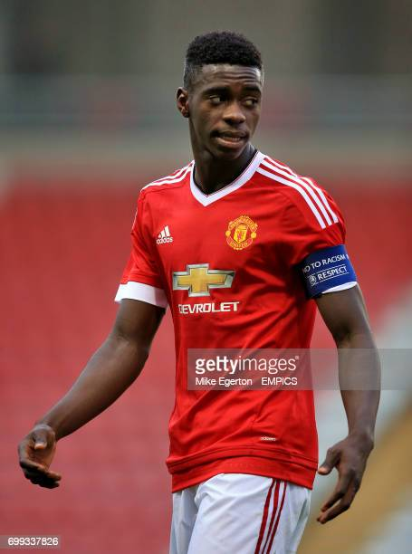 Axel Tuanzebe Manchester United