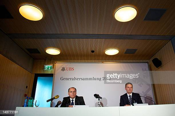 Axel Weber former president of the Deutsche Bundesbank and incoming chairman of UBS AG left pauses during a news conference following the company's...