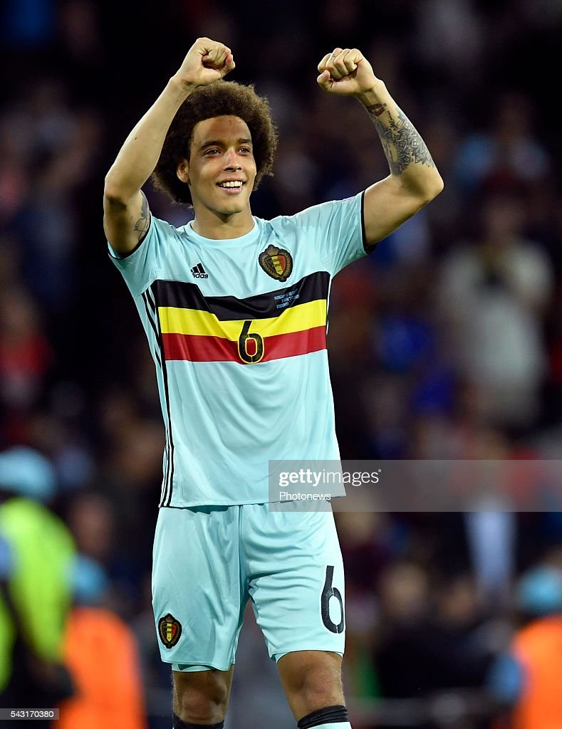 Axel Witsel midfielder of Belgium celebrates with teammates after scoring during the UEFA EURO 2016 Round of 16 match between Hungary and Belgium at the Stadium Toulouse on June 26, 2016 in Toulouse, France ,