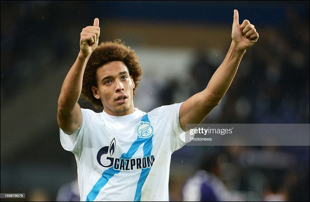 Axel Witsel of FC Zenit St Petersburg gives a thumbs up during the UEFA Champions League Group C match between RSC Anderlecht and FC Zenit St Petersburg at the Constant Vanden Stock Stadium on November 6, 2012 in Brussels, Belgium.
