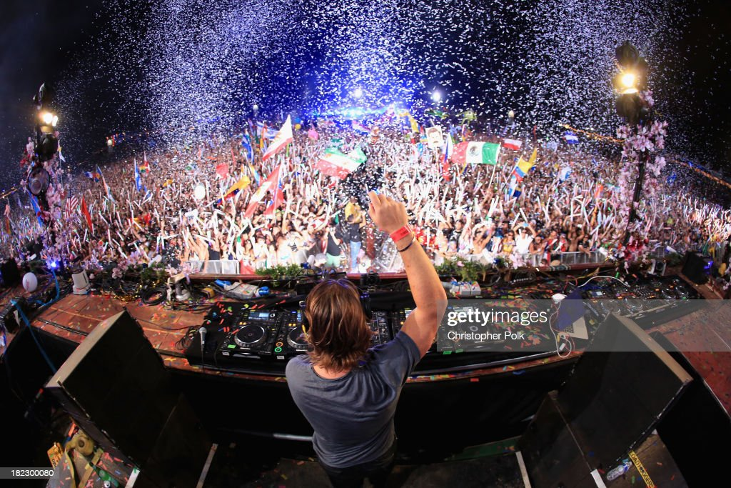 <a gi-track='captionPersonalityLinkClicked' href=/galleries/search?phrase=Axwell&family=editorial&specificpeople=5989822 ng-click='$event.stopPropagation()'>Axwell</a> spins onstage at TomorrowWorld Electronic Music Festival on September 28, 2013 in Chattahoochee Hills, Georgia.