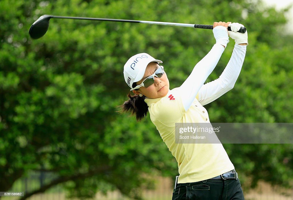 <a gi-track='captionPersonalityLinkClicked' href=/galleries/search?phrase=Ayako+Uehara+-+Golfer&family=editorial&specificpeople=4690711 ng-click='$event.stopPropagation()'>Ayako Uehara</a> of Japan hits her tee shot on the second hole during the second round of the Volunteers of America Texas Shootout at Las Colinas Country Club on April 29, 2016 in Irving, Texas.