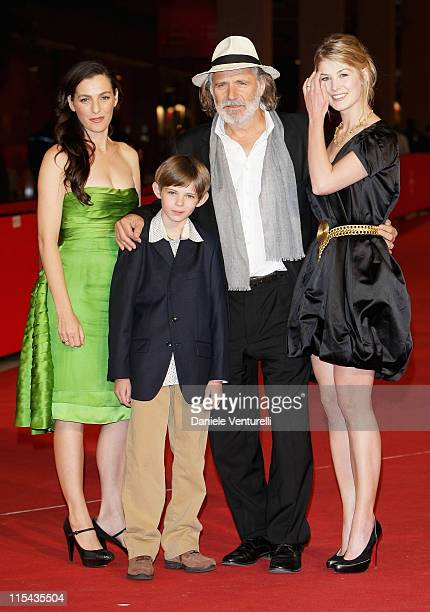 Ayelet Zurer Robbie Kay Rade Serbedzija and Rosamund Pike attends the 'Fugitive Pieces' premiere during Day 3 of the 2nd Rome Film Festival on...