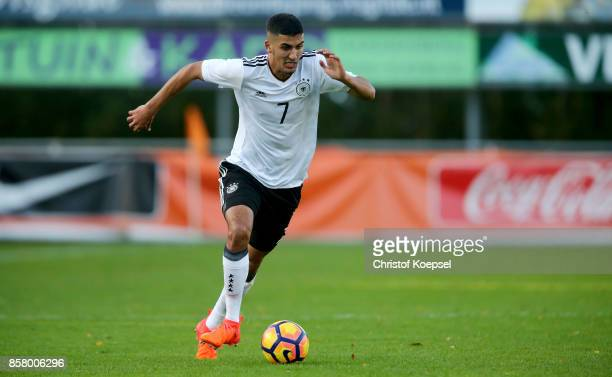 Aymen Barkok of Germany runs with the ball during the International friendly match between U20 Netherlands and U20 Germany U20 at Sportpark De...