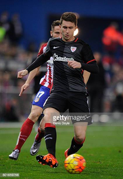 Aymeric Laporte of Athletic Club in action during the La Liga match between Club Atletico de Madrid and Athletic Club at Vicente Calderon Stadium on...