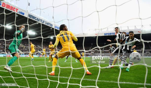 Ayoze Perez of Newcastle scores the opening goal during the Sky Bet Championship match between Newcastle United and Preston North End at St James'...