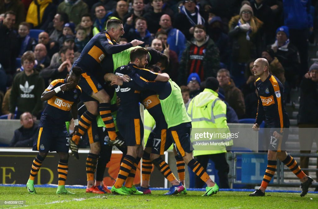 Ayoze Perez of Newcastle United (17) celebrates with team mates as he scores their second goal during the Sky Bet Championship match between Brighton & Hove Albion and Newcastle United at Amex Stadium on February 28, 2017 in Brighton, England.
