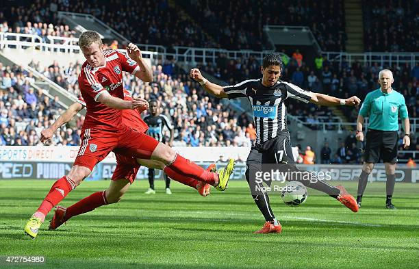 Ayoze Perez of Newcastle United scores during the Barclays Premier League match between Newcastle United and West Bromwich Albion at St James' Park...