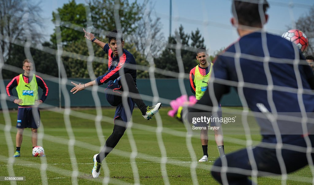 Ayoze Perez (C) takes a penalty kick during the Newcastle United Training session at The Newcastle United Training Centre on May 6, 2016, in Newcastle upon Tyne, England.