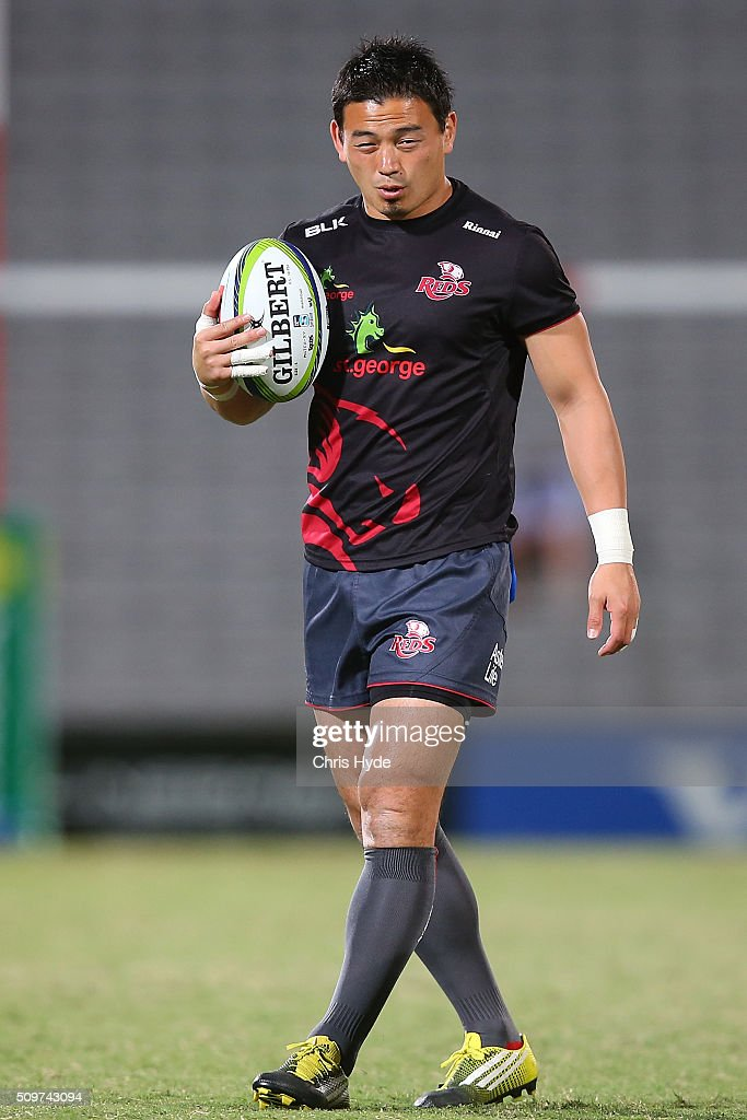 <a gi-track='captionPersonalityLinkClicked' href=/galleries/search?phrase=Ayumu+Goromaru&family=editorial&specificpeople=7301515 ng-click='$event.stopPropagation()'>Ayumu Goromaru</a> of the Reds warms up ahead of the Super Rugby Pre-Season match between the Reds and the Brumbies at Ballymore Stadium on February 12, 2016 in Brisbane, Australia.