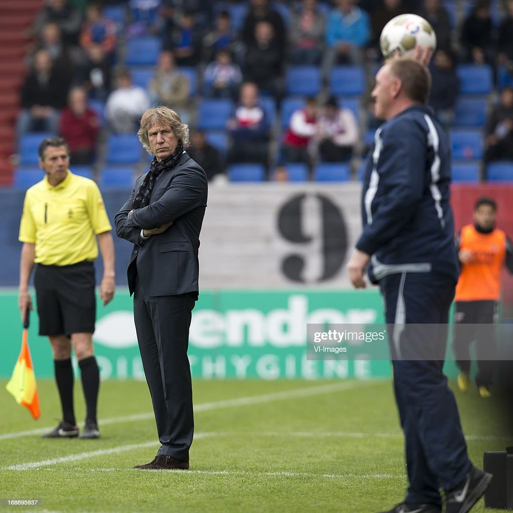 azcoach Gert Jan Verbeek of AZ during the Dutch Eredivisie match between Willem II and AZ Alkmaar on May 12, 2013 at the Koning Willem II stadium in Tilburg, The Netherlands.
