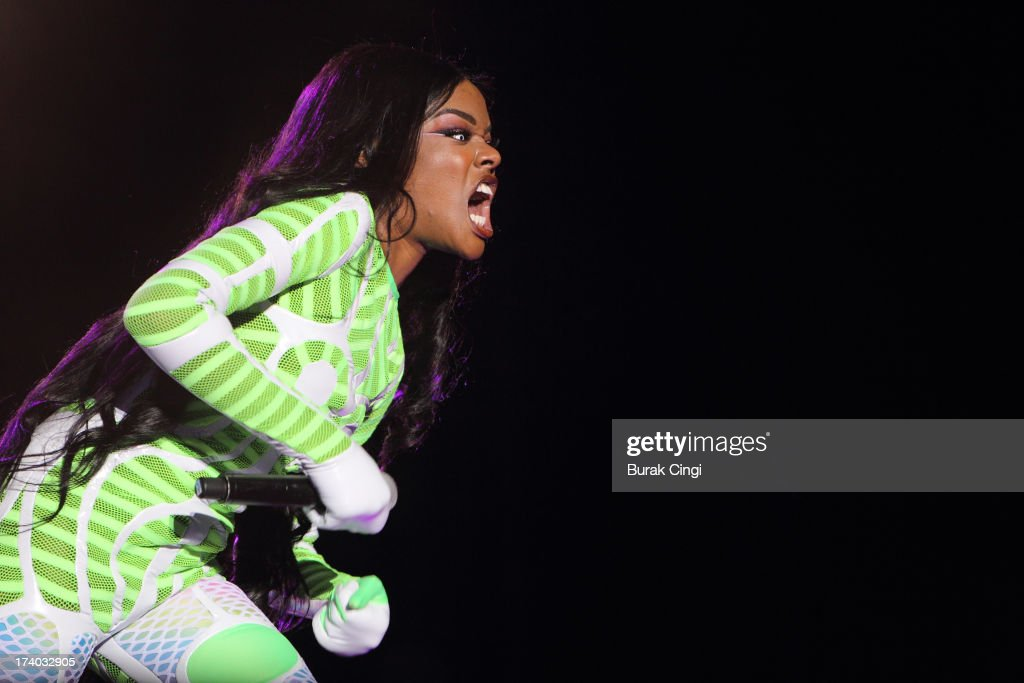 <a gi-track='captionPersonalityLinkClicked' href=/galleries/search?phrase=Azealia+Banks&family=editorial&specificpeople=8607708 ng-click='$event.stopPropagation()'>Azealia Banks</a> performs on stage on day 1 of Lovebox Festival 2013 at Victoria Park on July 19, 2013 in London, England.