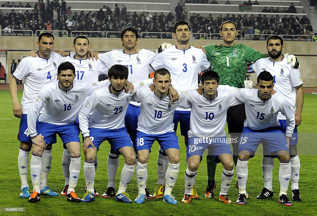 Azerbaijan's national football team players pose for a photo before their 2014 World Cup qualifying football match against Portugal's national football team at Tofig Bahramov stadium in the Azerbaijan's capital Baku, on March 26, 2013. AFP PHOTO / TOFIK BABAYEV