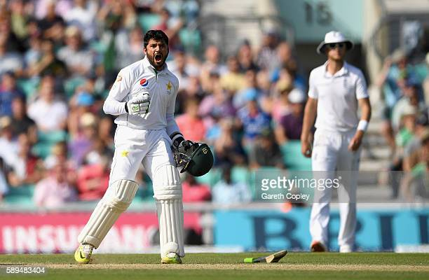 Azhar Ali of Pakistan celebrates hitting the winning runs to win the 4th Investec Test between England and Pakistan at The Kia Oval on August 14 2016...