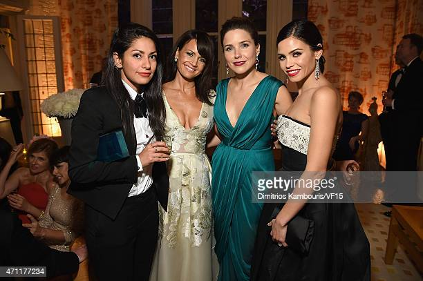 Azita Ardakani Carla Gugino Sophia Bush and Jenna DewanTatum attend the Bloomberg Vanity Fair cocktail reception following the 2015 WHCA Dinner at...