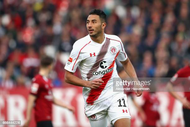 Aziz Bouhaddouz of St Pauli runs with the ball during the Second Bundesliga match between 1 FC Nuernberg and FC St Pauli at Arena Nuernberg on April...