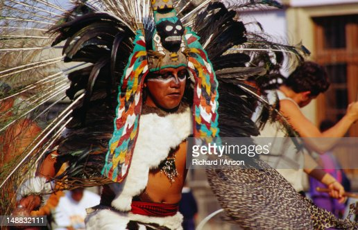 Aztecs Perform On The Sacred Precinct Of Tenochtitlan In ...