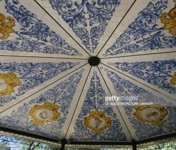Talavera azulejos photos et images de collection getty - Azulejos reina ...