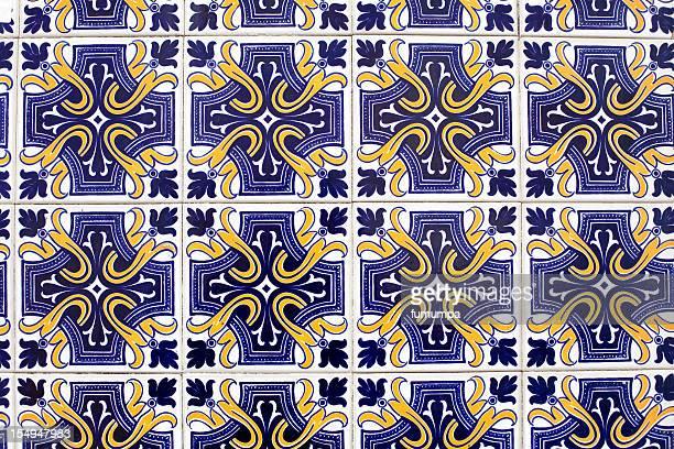 Azulejos, típicos de peças de Lisboa