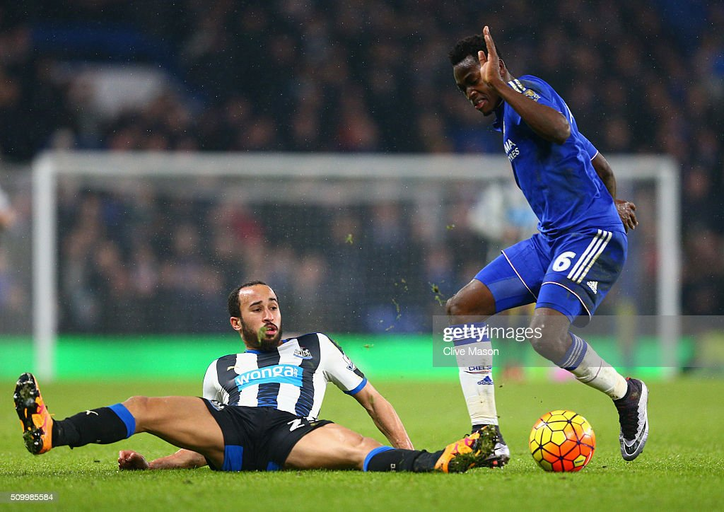 Baba Rahman of Chelsea and Andros Townsend of Newcastle United compete for the ball during the Barclays Premier League match between Chelsea and Newcastle United at Stamford Bridge on February 13, 2016 in London, England.
