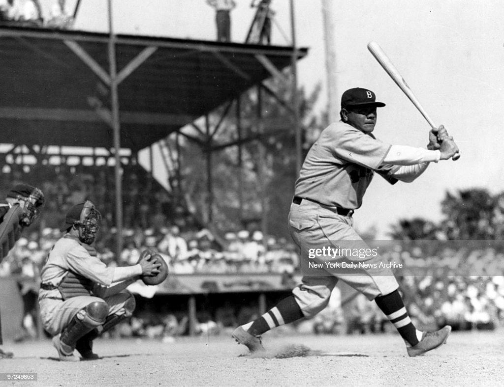 Babe Ruth batting for the Boston Braves