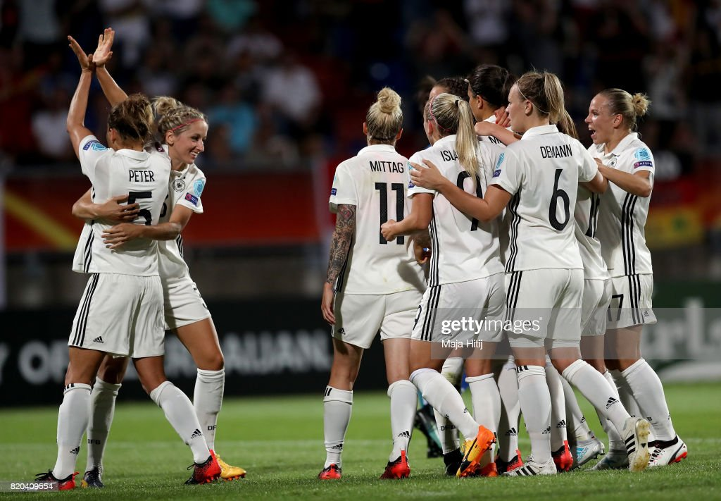 Babett Peter (L) of Germany celebrate with her team mates after she scores the 2nd goal by penalty kick during the Group B match between Germany and Italy during the UEFA Women's Euro 2017 at Koning Willem II Stadium on July 21, 2017 in Tilburg, Netherlands.
