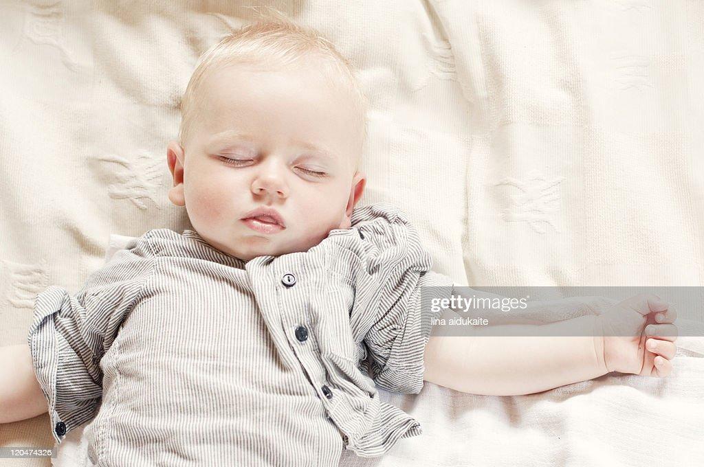 Baby boy sleeping : Stock Photo