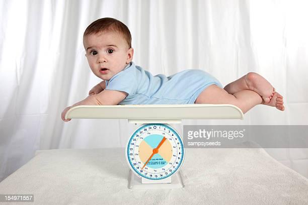 Bébé de poids